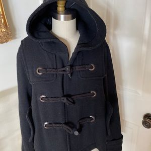 Forever 21 winter coat hooded toggle buttons M